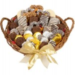 12 LARGE CLASSIC FAVORITES GOURMET GIFT BASKET